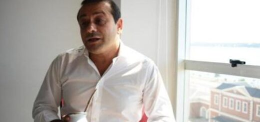 El gobernador Oscar Herrera Ahuad abordó la situación de los trabajadores de Salud aislados, el transporte de media distancia y las medidas económicas para mejorar el consumo