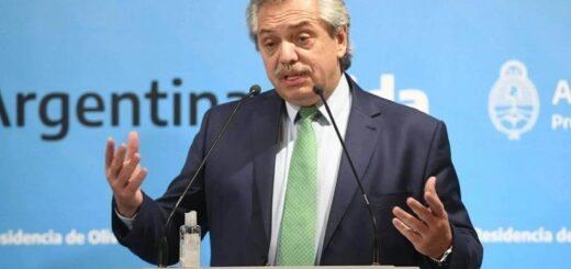 """""""Trabajamos cada día para levantar a la Argentina de la postración en la que estaba"""", sostuvo Alberto Fernández"""
