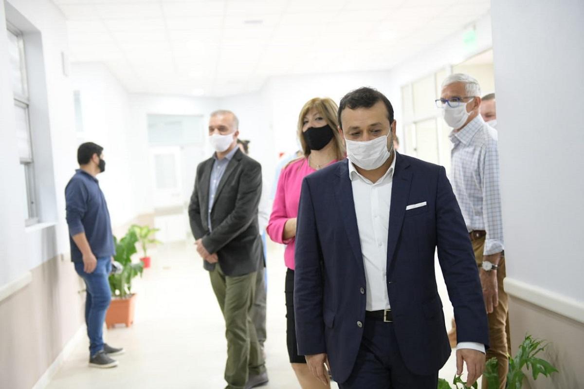 El gobernador Herrera Ahuad puso en funcionamiento el nuevo Hospital de Santo Pipó