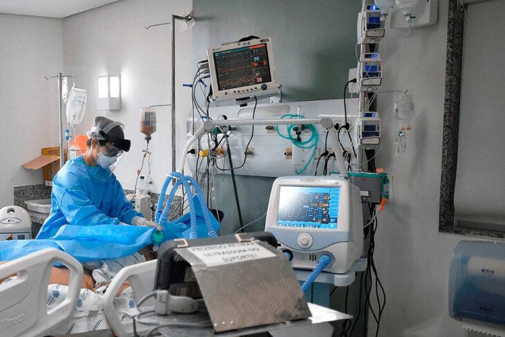 La Provincia de Buenos Aires advierte que en 30 o 40 días «se pueden terminar las camas de terapia intensiva»