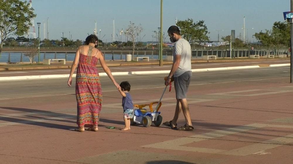 Día del Padre:  poca circulación en el centro y la Costanera de Posadas