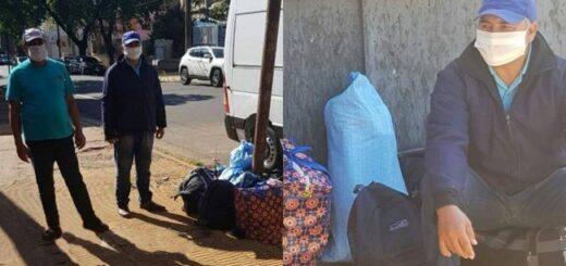 """Llegaron a Posadas para trabajar pero por la crisis perdieron su empleo y ahora quedaron """"en la calle"""" y sin poder volver a su Paraguay natal"""