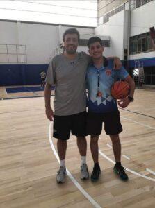 La creatividad de entrenadores llevó el básquet de la cancha a la plataforma virtual y ya compiten más de 20 equipos