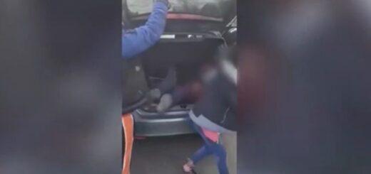 Detuvieron a una pareja que llevaba a sus hijos en el baúl del auto para ir a festejar un cumpleaños