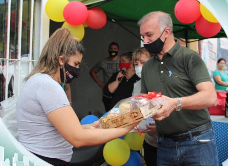 El Programa de Asistencia Solidaria entregó este sábado una moto en un sorteo por el Día del Padre