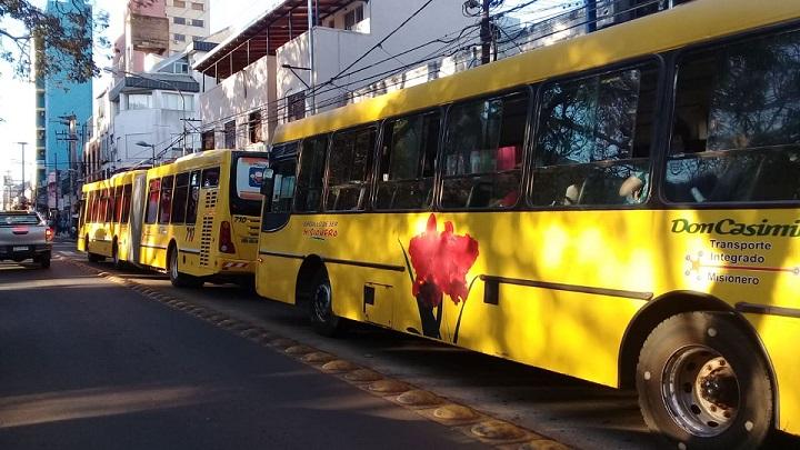 Coronavirus: Oscar Herrera Ahuad anunció que se prorroga el subsidio al transporte por cuatro meses