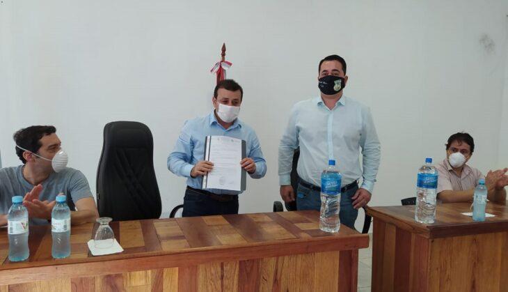 El gobernador Herrera Ahuad se reunió con el Comité de Emergencia de Bernardo de Irigoyen y recorrió parte de la frontera con Brasil