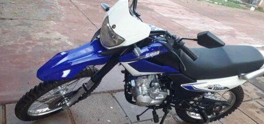 Buscan moto robada en Posadas