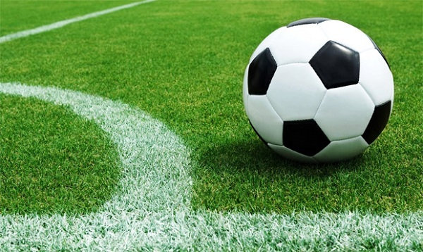 Fútbol para esta tarde de sábado: estos son los 15 partidos que podés ver