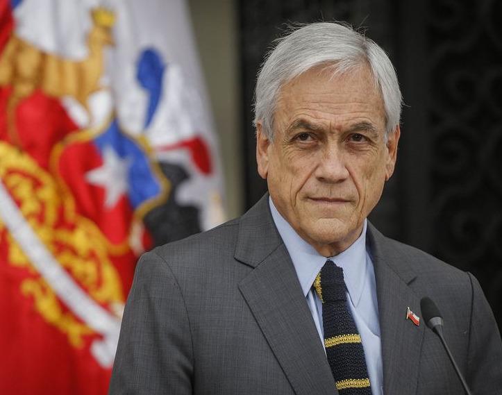 Chile: en medio de la cuarentena Piñera salió a comprar vino