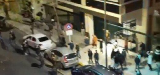 Coronavirus: vecinos de Recoleta violaron la cuarentena para bailar en la calle