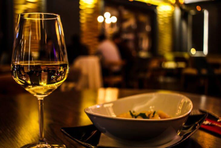 Según FEHGRA, el 70% del sector hotelero gastronómico prevé el quiebre de su empresa