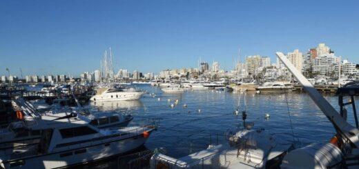 Uruguay para atraer empresas y familias argentinas bajó los requisitos para obtener la residencia