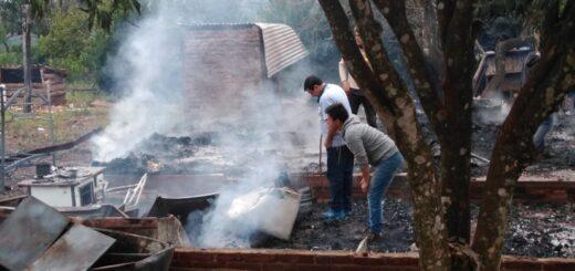 Un incendio destruyó totalmente una vivienda en Villa Bonita