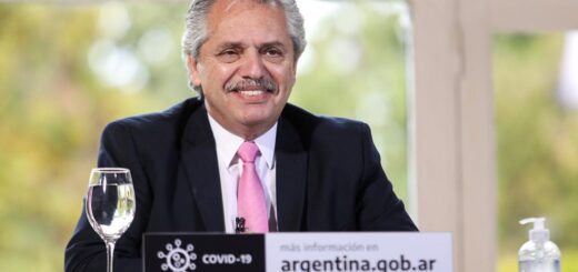 """Alberto Fernández: """"La Argentina tiene que volver a ponerse de pie inmediatamente después de que la pandemia termine"""""""