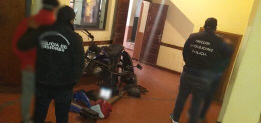 En un allanamiento la Policía detuvo a dos jóvenes acusados de robar y desarmar motocicletas en Posadas