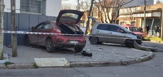 Perseguía en contramano al motochorro que le robó, chocó de frente con otro auto y causó la muerte de un inocente