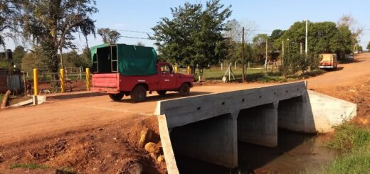 Se habilitó un nuevo puente sobre el Arroyo Doce en Andresito