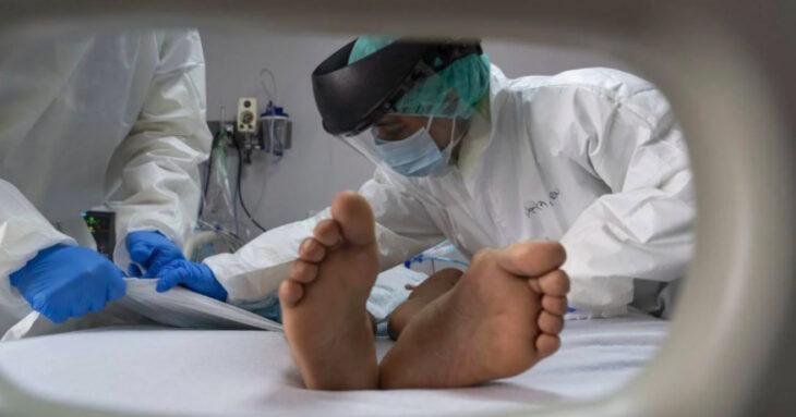 Estados Unidos: fue a una fiesta, se contagió de coronavirus y murió