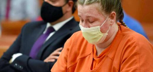 Le daba baños helados a su hijo y lo mató a golpes: el crimen de un nene de cinco años que conmueve a los Estados Unidos