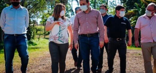 Oscar Herrera Ahuad entregó plantines hortícolas y equipamiento para pequeños productores en Eldorado