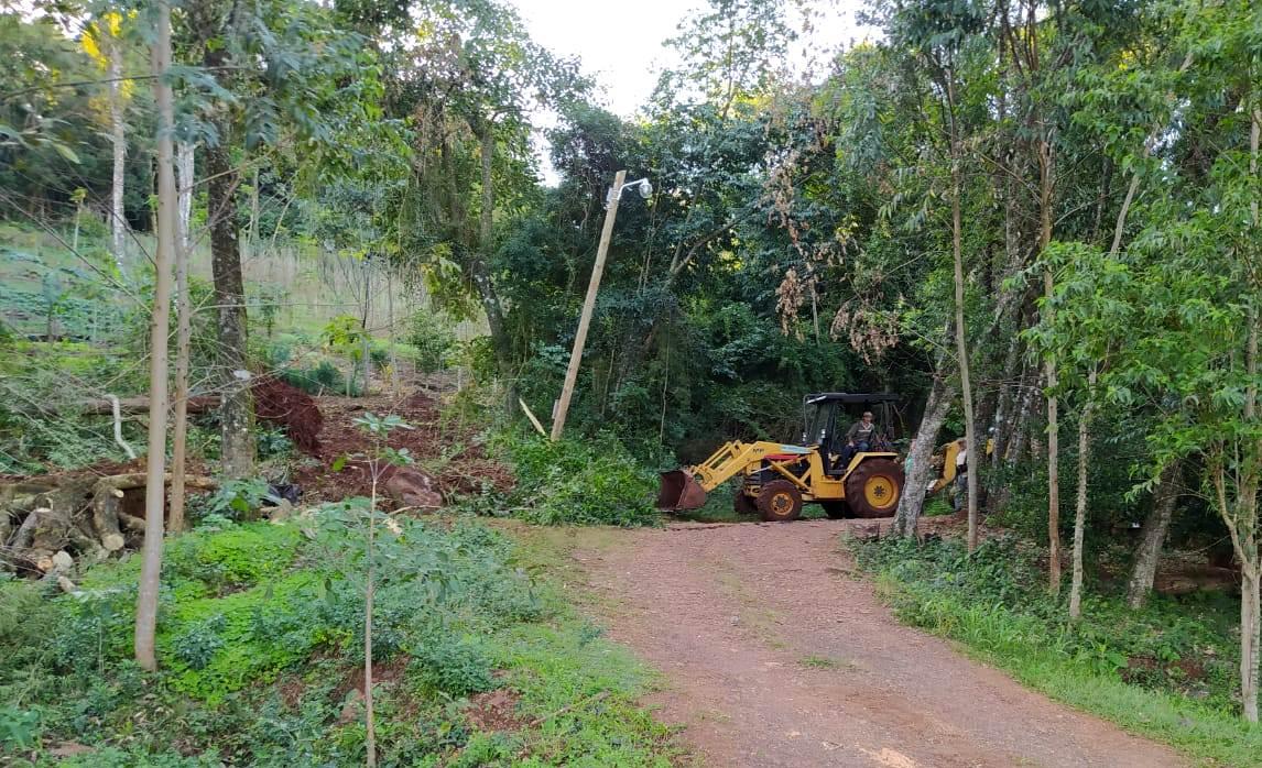 Intrusión en tierras indígenas en Aristóbulo del Valle: informe de Ecología descartó desmontes recientes de ocupantes y se expone un problema social por el territorio que pertenece a las comunidades Mbya Guaraní del Kuña Pirú