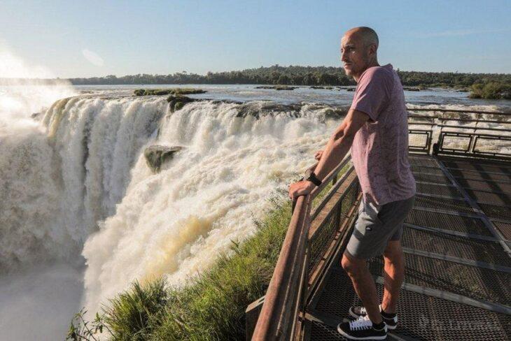 «Manu» Ginóbili publicó una espectacular foto suya de cuando estuvo en Cataratas del Iguazú