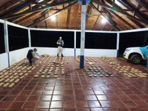 Prefectura secuestró un cargamento de 249 panes de marihuana en Misiones