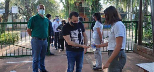 El gobernador Oscar Herrera Ahuad participó de la reapertura de las Ruinas Jesuíticas de San Ignacio para residentes locales