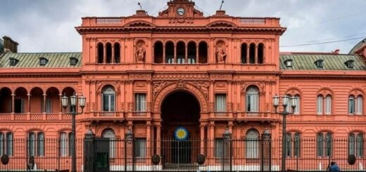 """El Gobierno nacional aseguró que """"no hay casos"""" positivos de coronavirus en personal que concurre a Casa Rosada"""