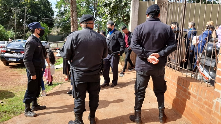 Festejaban su casamiento en Iguazú junto a 70 invitados y la Policía suspendió la fiesta