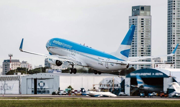 Aerolíneas Argentinas volverá a volar en agosto a Miami y Madrid