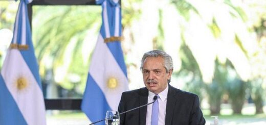 """Alberto Fernández: """"No pensamos que la solución sea mantener el IFE in eternum"""""""