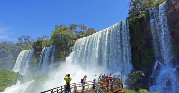 Las Cataratas del Iguazú vuelven a abrir sus puertas
