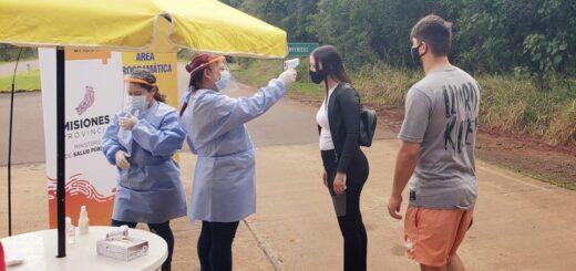 Al ingreso del Parque Nacional Iguazú, agentes de Salud Pública realizan controles de temperatura