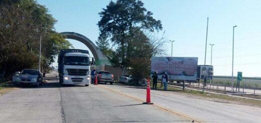 Fronteras internas: permisos falsos y viajes clandestinos se repiten en diferentes intentos por transitar entre provincias