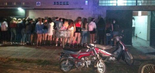 Corrientes: un joven de 16 años organizó una fiesta clandestina con 150 invitados