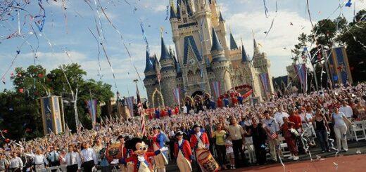 Pandemia: reabre Disney con capacidad limitada y tapabocas obligatorio