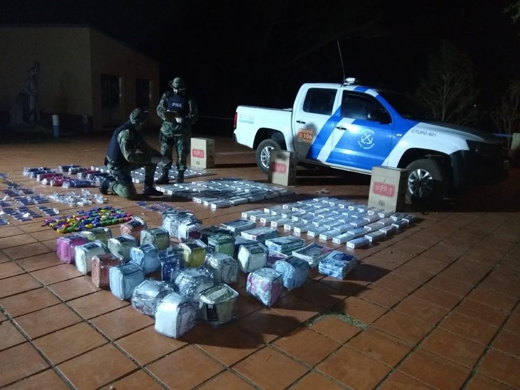 Prefectura secuestró marihuana y mercaderías de origen ilegal en Santa Ana