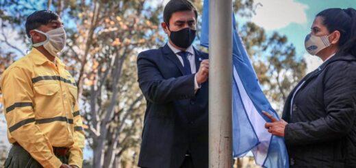 """Acto de 9 de julio en Eldorado: el intendente resaltó la labor de los trabajadores esenciales, """"héroes anónimos"""" en tiempo de pandemia"""