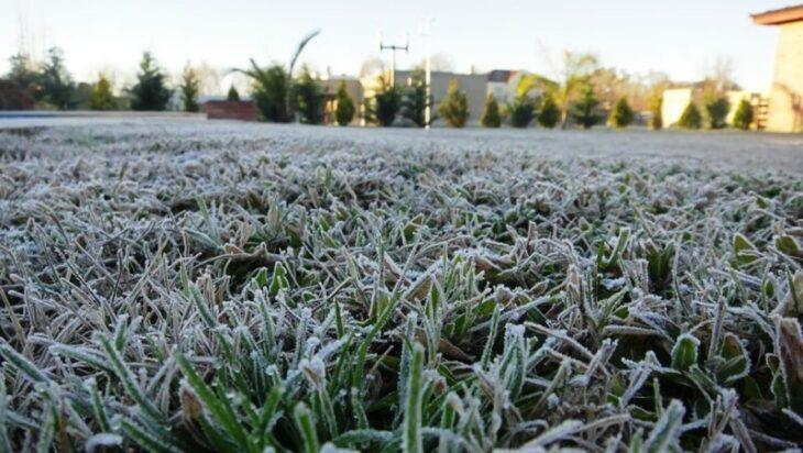 Un viernes de frío intenso dará paso a un fin de semana con pronóstico de lluvias