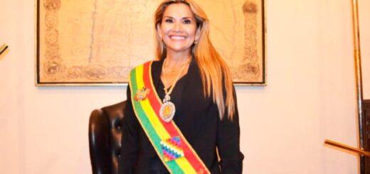 Jeanine Áñez, presidenta interina de Bolivia, tiene coronavirus