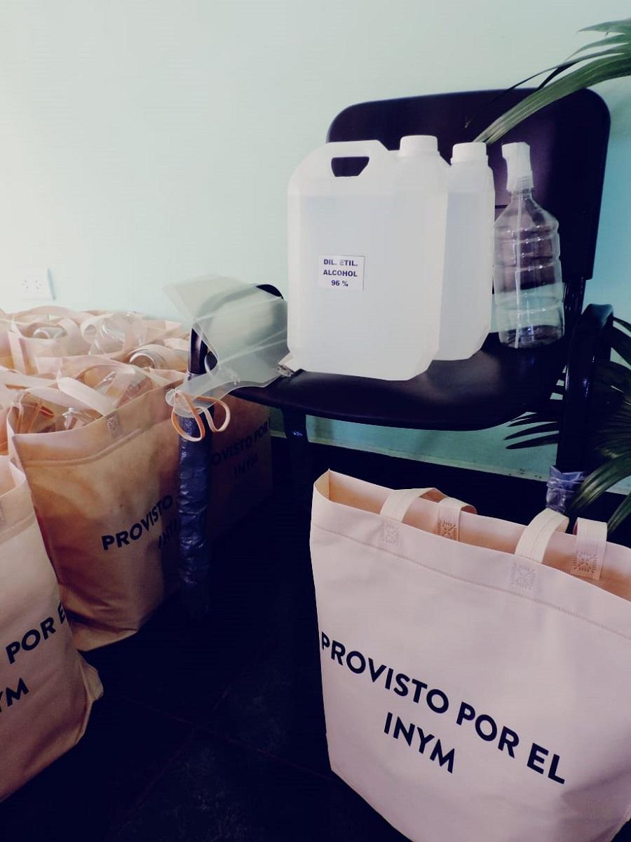 El INYM continúa realizando la entrega de kits sanitarios para tareferos