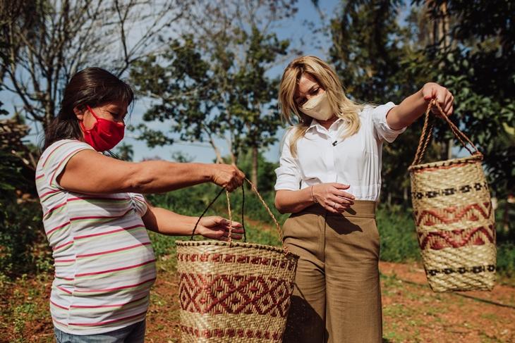 """La primera dama Fabiola Yañez visitó Misiones en el marco de la campaña """"Mujeres Rurales Empoderadas"""""""