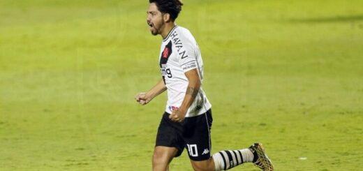 Con el debut goleador de Martín Benítez, Vasco da Gama avanzó en la Copa de Brasil