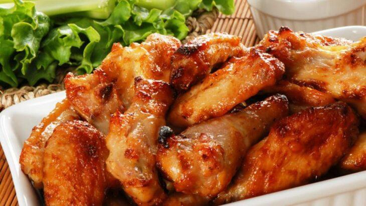 China: denuncian que unas alitas de pollo importadas de Brasil dieron positivo de coronavirus