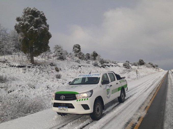 """Metereólogos brasileños alertan sobre un """"evento histórico de frío y nieve"""" esta semana en países de América del Sur, que afectará gran parte de la Argentina"""