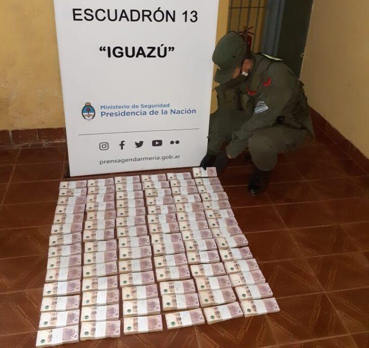 Un camión que trasladaba dinero sin aval legal fue interceptado por Gendarmería Nacional en Puerto Iguazú