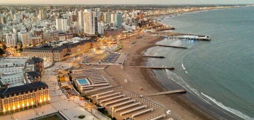 Coronavirus: el ministro de Salud de Buenos Aires puso en duda la temporada de verano en las principales playas argentinas