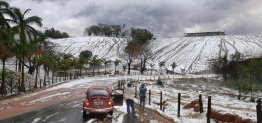 """Brasil: """"Se esperaba nieve, pero cayó hoy una tremenda tormenta y granizada al sur de Minas Gerais"""""""